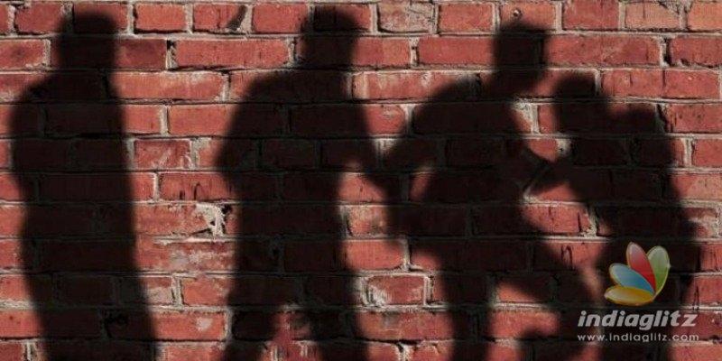 Six people burn genitals of two men, circulate video online