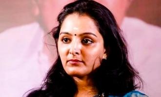 நடிகை மஞ்சுவாரியர் கொடுத்த போலீஸ் புகார்: பிரபல இயக்குனர் கைது!