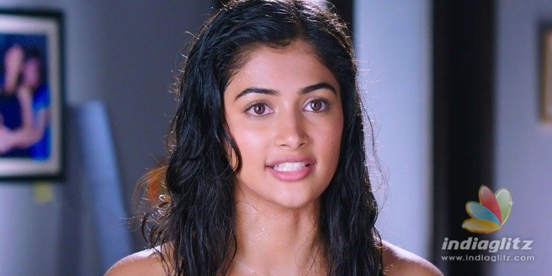 Maharshi heroine Pooja Hegde caught by police?