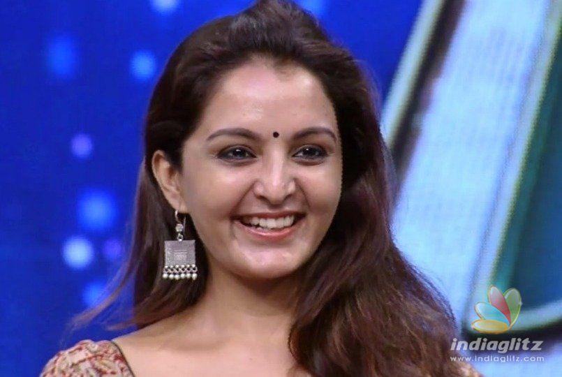 Manju Warrier meets with accident rushed to hospital