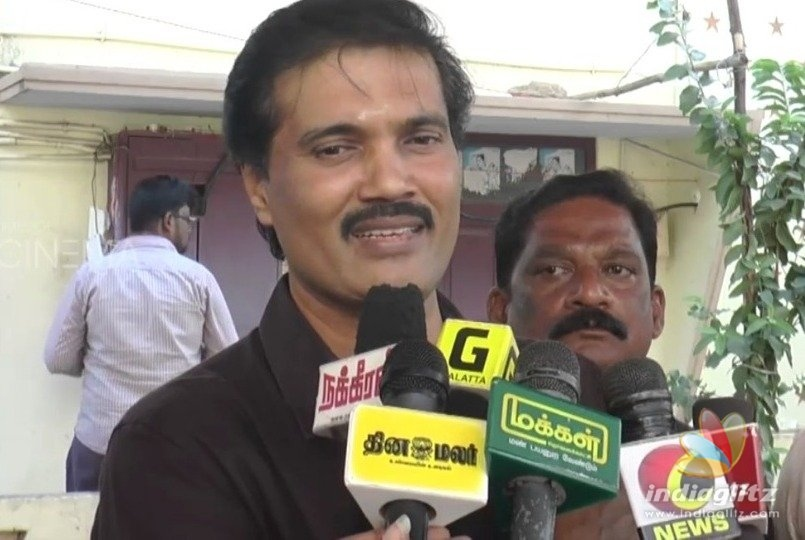 Popular actor quits PMK