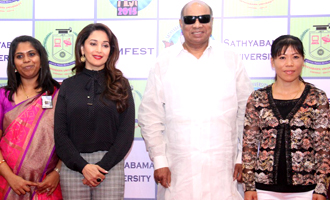 Closing of Femfest 2015 in Madhuri Dixit and Mary Kom
