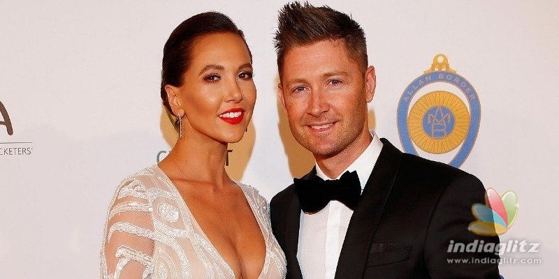 Famous cricketer announces divorce