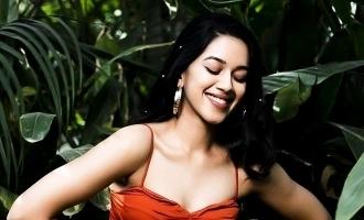 முழு நடிகையா மாறிட்டிங்க: 'டப் மாஷ்' புகழ் நடிகைக்கு குவியும் லைக்ஸ்கள்!