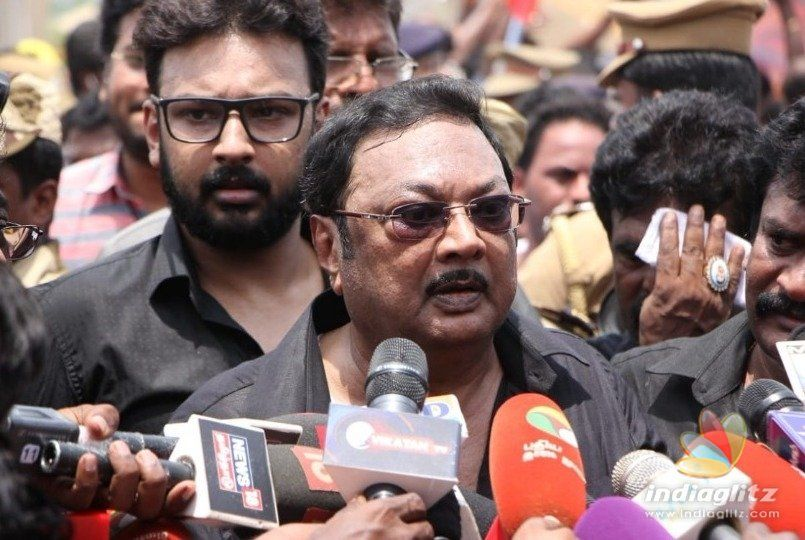 M.K. Azhagiri challenges DMK with peace march
