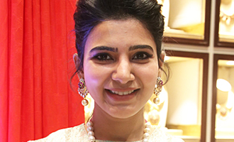 Samantha at Launch of NAC Jewelles Antique Exhibition