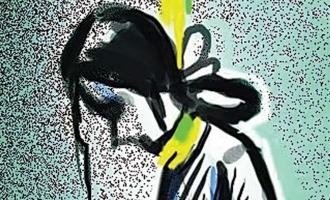 நீட் தேர்வில் குறைந்த மதிப்பெண்: விரக்தியால் திருப்பூர் மாணவி தற்கொலை