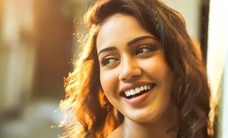 Nivetha pethuraj surprised by fan's crazy gesture!