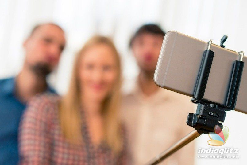 Over 250 Recorded Selfie Deaths Are 'Tip of the Iceberg'