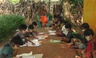 ஒரு பைசா கூட காசு வாங்காமல் 75 ஆண்டுகளாக கல்வி கற்றுக்கொடுக்கும் முதியவர்!!!