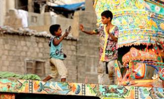 கொரோனா வைரஸால் பாதிக்கப்படும் 10 வயதுக்கும் கீழான குழந்தைகள்!!! பாகிஸ்தானில் புது நெருக்கடி!!!