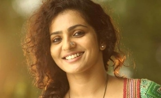 Parvathy's next Tamil movie bags international award!