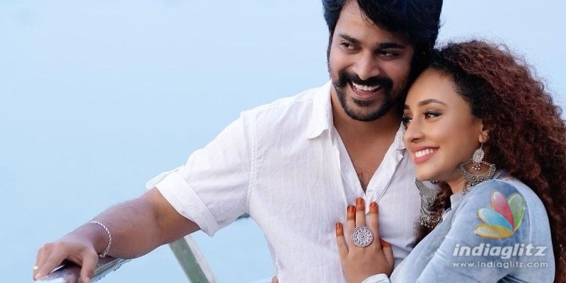 Watch: Srinish Aravind singing to his wife Pearles baby bump