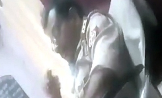 Policeman masturbates in front of woman complainant at police station; Video recorded