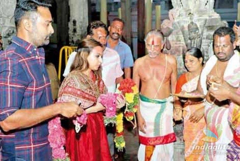 Prasanna and Aishwarya Dhanush visit Srivilliputhur temple