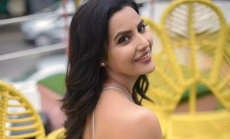 Priya Anand's non stop kissing in car video goes viral