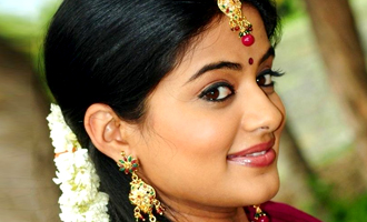 National award winning Tamil actress to marry her longtime lover this year