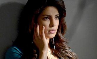 Shocking ! Manager reveals Priyanka Chopra's suicide attempts