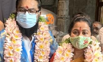 மாலையும் கழுத்துமாக சரத்குமார்-ராதிகா: புகைப்படம் வைரல்