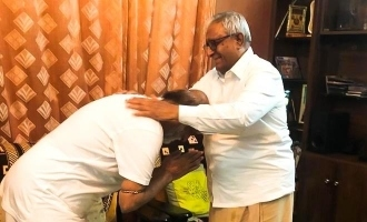 Rajinikanth seeks blessings of his brother ahead of huge announcements!