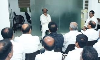 Rajinikanth disappointed after meeting Rajini Makkal Mandram admins?