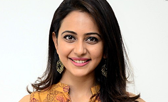 Is Rakul Preeth Singh the next Queen Bee of Kollywood?