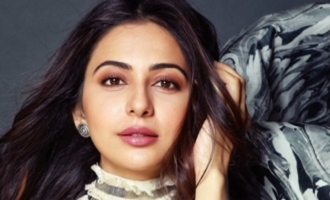 Rakul Preet's different way of promoting Peta!
