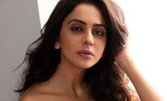Actress Rakul Preethisingh bikini photo viral in internet