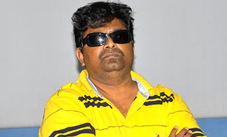 Mysskin and 'Savarakathi' Team waiting for Ram