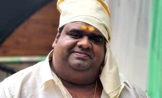 Libra Productions Ravindar Chandrasekaran acts in Murungakkai Chips movie