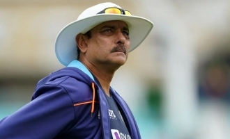 Ravi Shastri tests positive for COVID-19 during India - England Test; Isolated along with 3 others