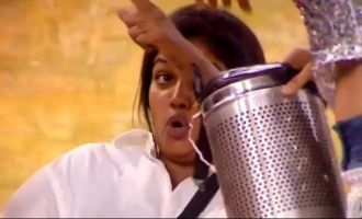contestants dump garbage on riythvika bigg boss season 2 finale voting