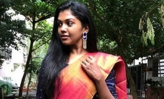 Riythvika  surprises with a cute on road photoshoot in saree