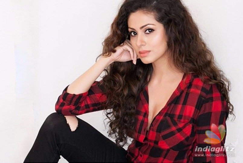 Sadha To Play A Sex Worker In Her Next -  News -2639