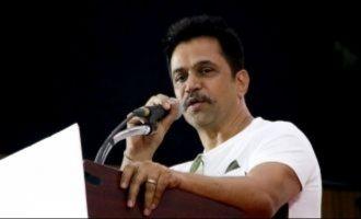 'Irumbu Thirai' director cheated me, says Arjun