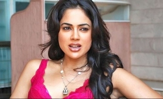 Sameera Reddy reveals shocking details about hero misbehaving and forced kiss