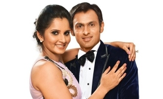 Fans angry seeing Shoaib Malik and Sania Mirza at cafe before India match!