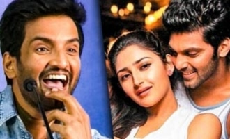 LOL... Santhanam Trolls Arya on his Wedding