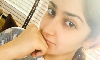 Mouth Watering! Sayyeshaa is cooking different foods everyday for Arya