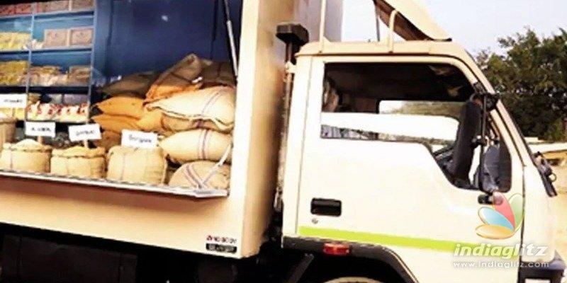 இந்தியாவிலேயே முதல்முறையாக நடமாடும் ரேஷன் கடைகள்… கொரோனா நேரத்தில் அதிரடி காட்டும் தமிழக முதல்வர்!!!