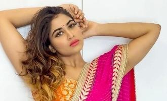Shivani Narayanan shakes a leg to the beats of #TwoTwo