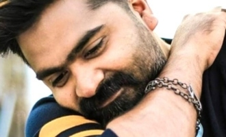 Simbu cries seeing this superhit movie!