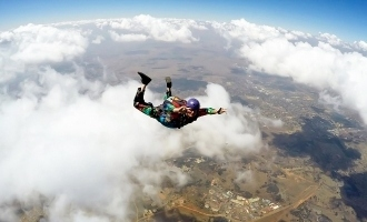 Woman survives 5000 foot fall from plane!
