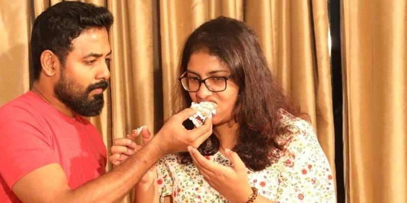Biggboss title winner aari wife Nadhiya birthday celebration photos viral – தமிழ் News