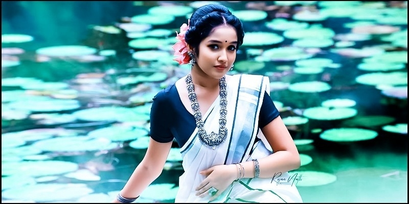 Ajith's on-screen daughter Anikha's pictures go viral - Tamil News - IndiaGlitz.com