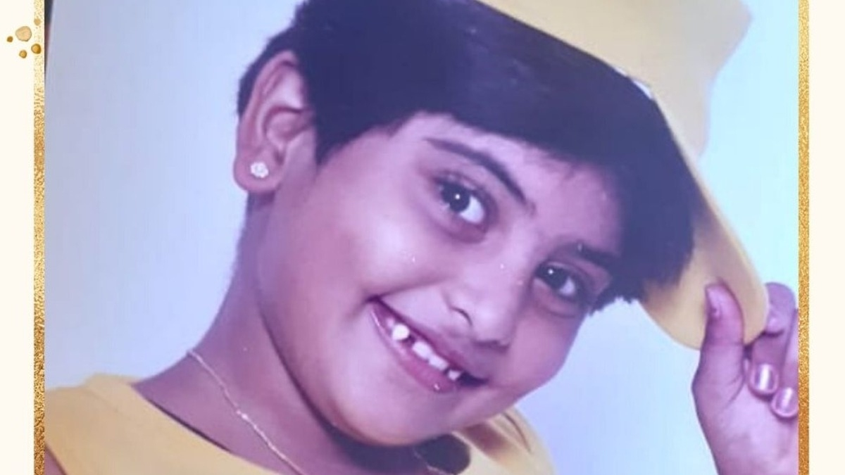 Can u find who this cute heroine is? – Tamil News