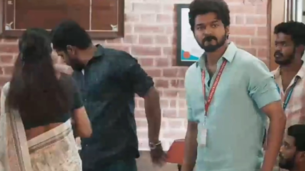 Thalapathy Vijay's crucial scene in 'Master' deleted because of actress? - Tamil News - IndiaGlitz.com