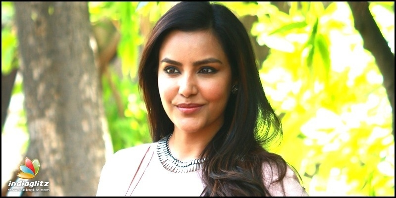 Priya Anand's perfect reply to cheap troll!
