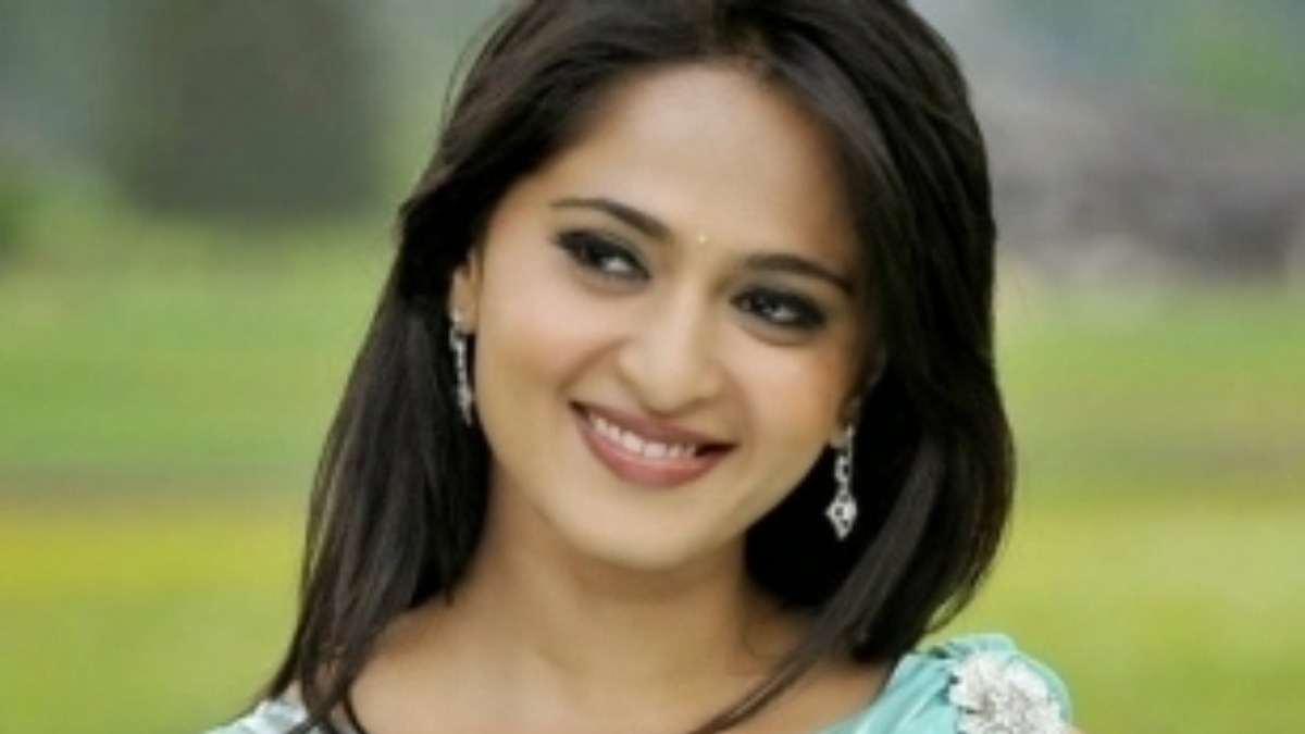 'Miss Shetty' Anushka to romance a much younger man? – Tamil News