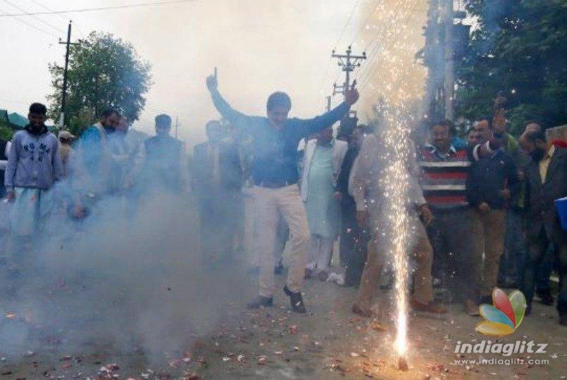 Father throws a party as son fails board exams!